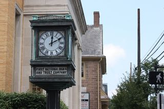 First National Clock Newtown